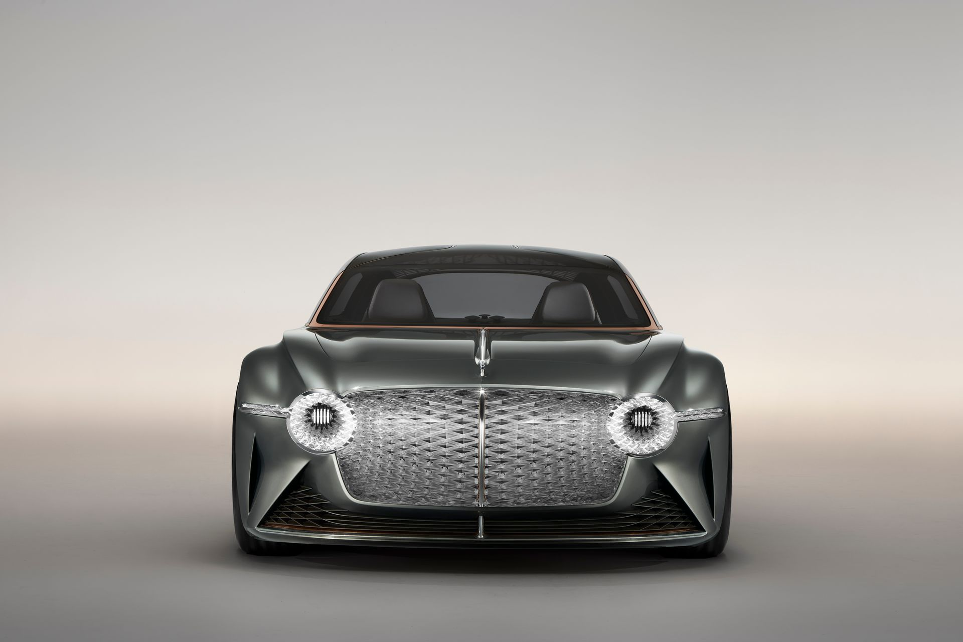 EXP 100 GT