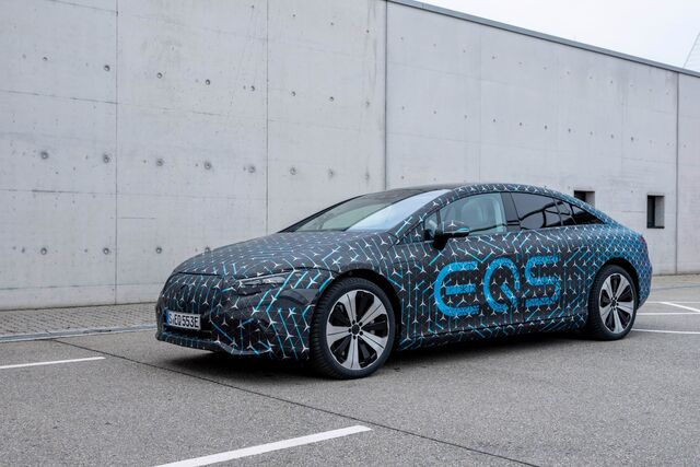 Mercedes-BenzEQS