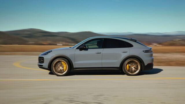 PorscheCayenne Turbo GT